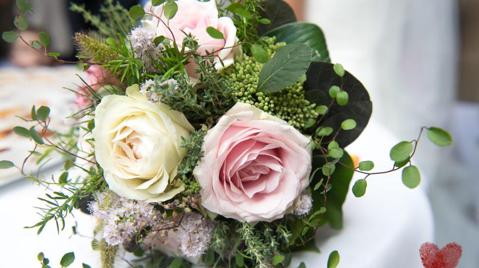 Diesen wunderschönen Brautstrauss in Szene zu setzen war uns ein besonderes Anliegen.